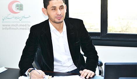 أبو فناس: نتابع مشروعات المستشفى أسبوعياً