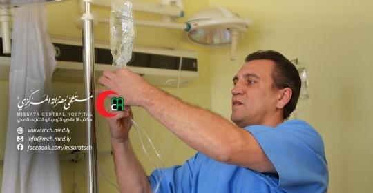 رومن: الإنترنت قادني للعمل في المستشفى