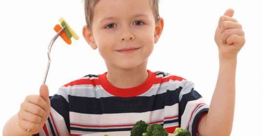 شجِّعوا أولادكم على تناول الخضروات والفاكهة